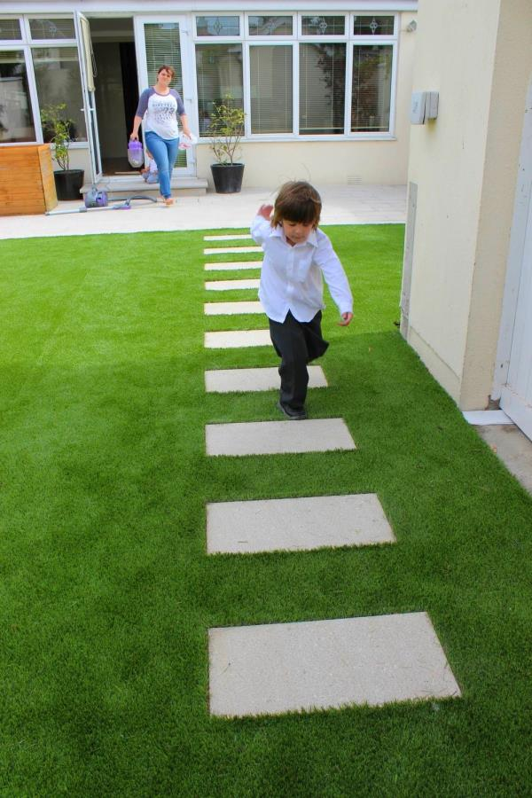 artificial grass carpet price